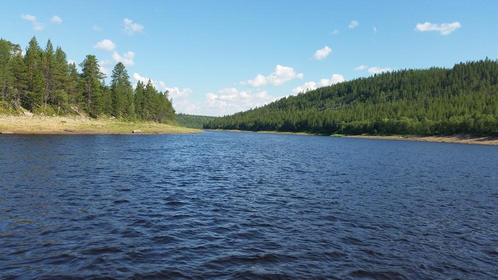 рыбалка на Поное лагерь Пача. лучший участок для ловли хариуса.