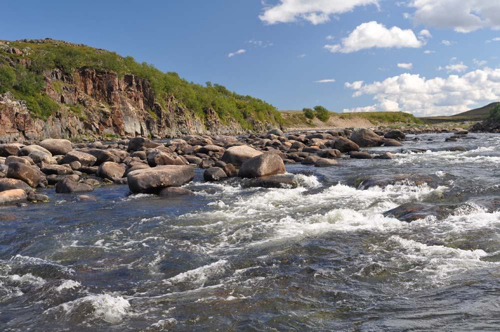Рыболовные туры Кольский полуостров река Рында