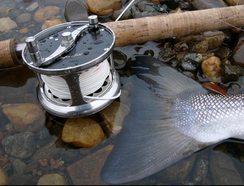 рыбалка на Кольском полуострове река Поной лагерь Ача