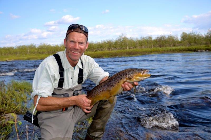 Picture-20-Glenn-with-nice-Litza-trout