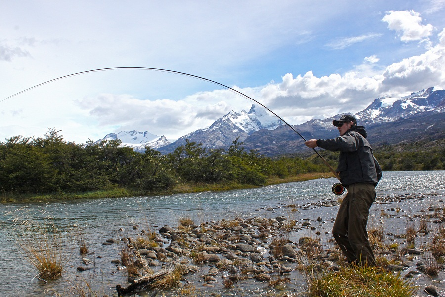 fishing-glacier-king-solid-adventures-pumping