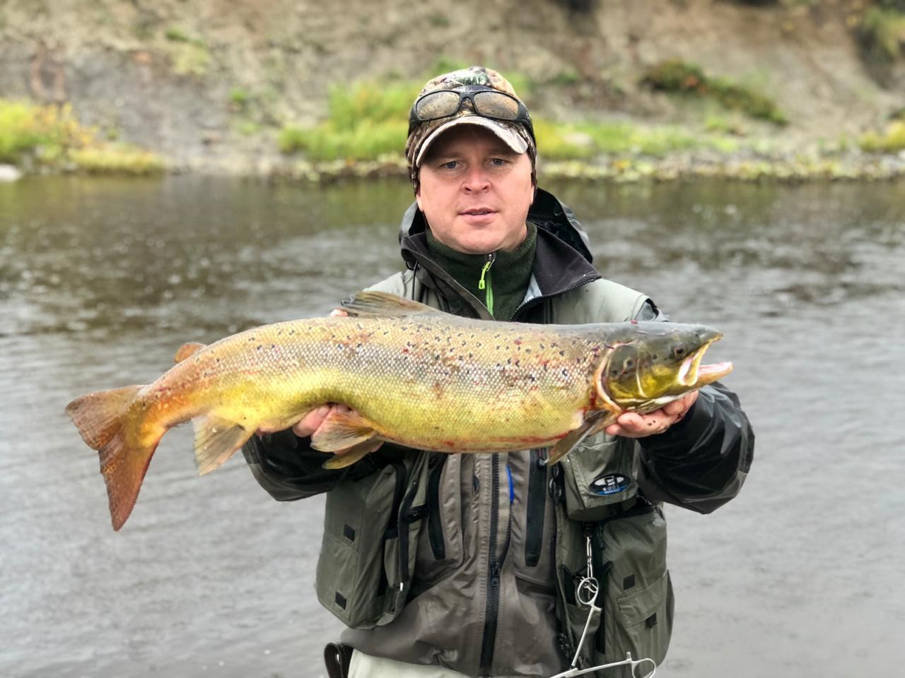 рыбалка в Архангельской области. Ловля хариуса  кумжи и лосося.